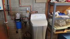 whole house water filter and water softner system
